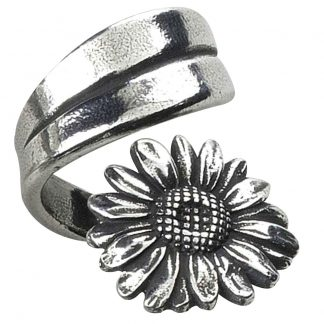 Salisbury April Flower of the Month Ring